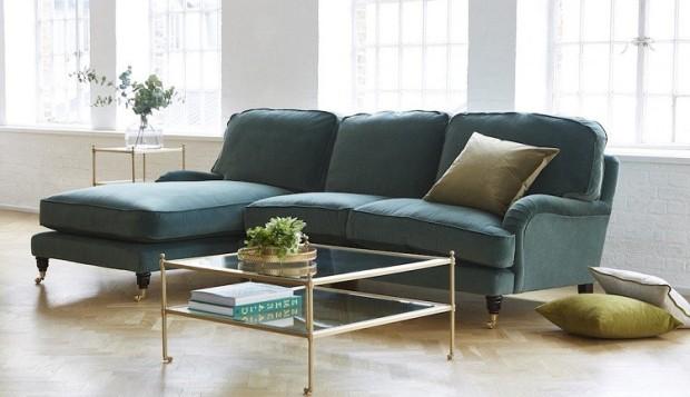 green velvet sofs