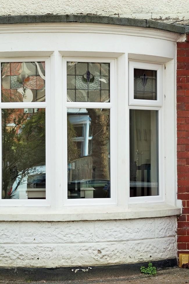 edwardian curved bay window