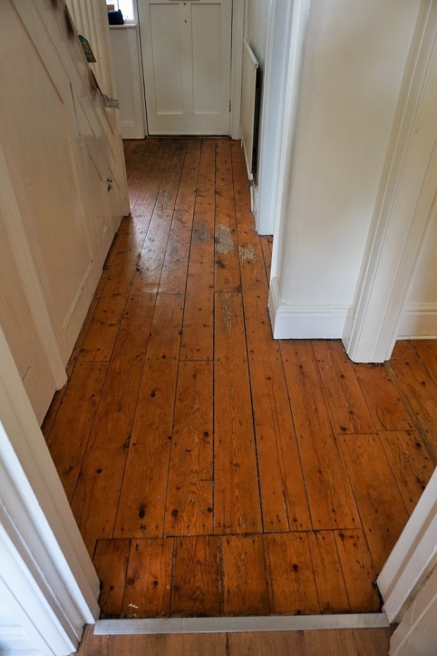 hallway before makeover in edwardian home