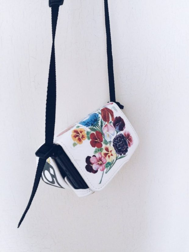 camera case hack diy craft tattoo flower