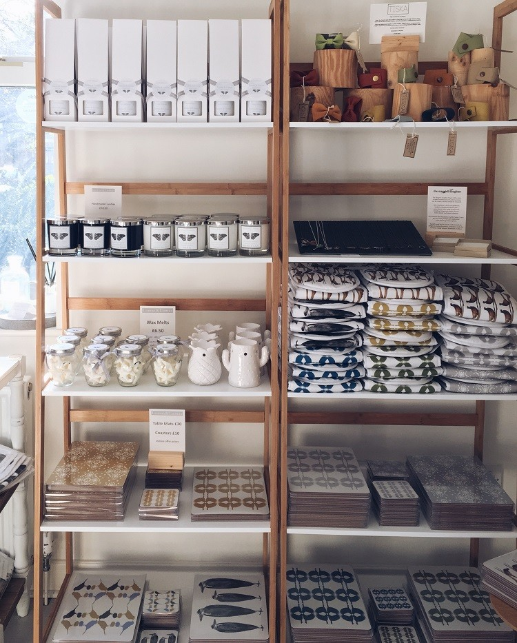 independent shop hayfield